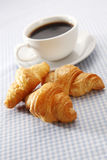 Croissant e caffè immagine stock libera da diritti