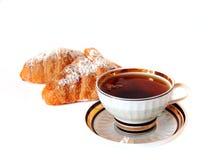 Croissant e tè Fotografie Stock Libere da Diritti