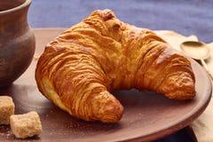 Croissant en een Kop van koffie Royalty-vrije Stock Afbeelding