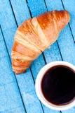 Croissant en koffie Stock Afbeelding