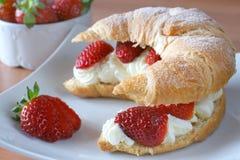Croissant farcito fotografie stock libere da diritti