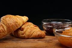 Croissant i dżem Zdjęcie Royalty Free