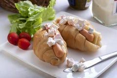 Croissant Kiełbasiana Serowa kanapka Zdjęcie Royalty Free