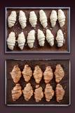 Croissant przed i po pieczeniem Fotografia Stock