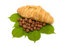 croissants καρύδια Στοκ φωτογραφία με δικαίωμα ελεύθερης χρήσης