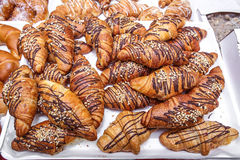 Croissants με τη σοκολάτα Στοκ Εικόνες