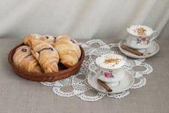 Croissants e café imagem de stock