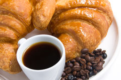 Croissants e café preto Imagens de Stock Royalty Free