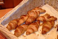 Croissants franceses - Imagens de Stock