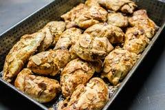 Croissants met amandelen royalty-vrije stock foto's