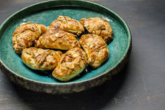 Croissants met amandelen royalty-vrije stock fotografie