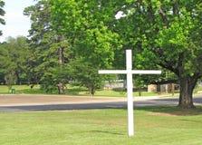 Croix avec des arbres Images libres de droits