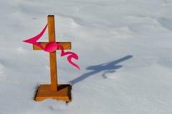 Croix avec l'écriture d'amour Image stock