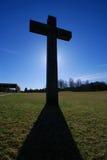 Croix contre éclairée Photo libre de droits