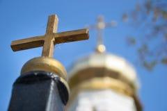 Croix contre la croix photo libre de droits