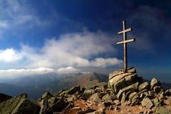 Croix dans le Tatras inférieur Photo stock