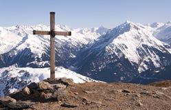 Croix dans les Alpes Photographie stock