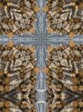 Croix de kaléidoscope : pile des rondins Photographie stock libre de droits