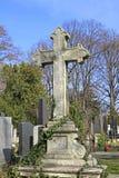 Croix de pierre tombale Photographie stock libre de droits