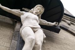 Croix en bois avec Jésus photos libres de droits