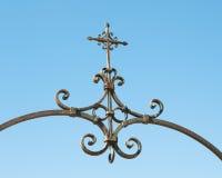 Croix fleurie de fer Image stock