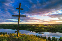 Croix sur la colline Photos stock