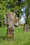Croix sur la tombe préhistorique photo libre de droits