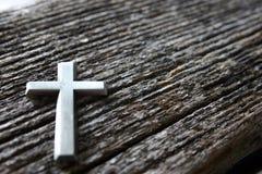 Croix sur le bois Photos libres de droits