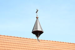 Croix sur le toit photo libre de droits