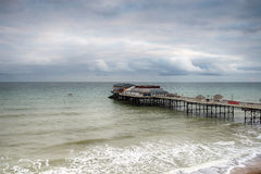 Cromer码头在一风暴日 库存图片