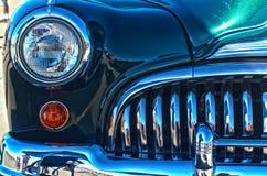 Cromo su un'automobile dell'annata Fotografie Stock