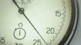 Cronómetro del vintage en el blanco 1 almacen de metraje de vídeo
