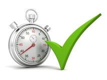 Cronômetro análogo com verificação verde no fundo branco Imagem de Stock