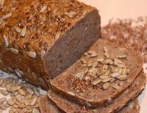 Crono pão em uma placa de madeira Fotos de Stock Royalty Free