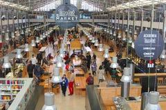 Cronometre para fora o festival na moda dos restaurantes do mercado do alimento, Lisboa foto de stock