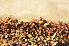 Cropped gałąź drewna na ścianie Obrazy Royalty Free