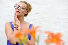 Cropped picture of amazed pinup blond young woman Royalty Free Stock Photography