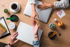 cropped shot of businesspeople shaking hands royalty free stock photos