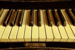 Cropped strzał stary pianino Obrazy Stock