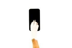 Cropped widok beagle psi używa smartphone Obrazy Stock