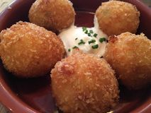 Croquetes do presunto e do queijo Fotos de Stock