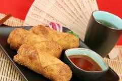 Croquettes chinoises avec du thé Photos stock