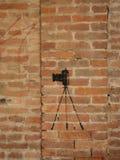 Croquis d'appareil-photo de photo sur le mur Photos stock