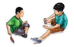 Croquis de deux petits amis jouant des jouets en sable au terrain de jeu p Image stock