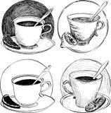 Croquis quatre des tasses de thé et de la tranche de citron Photo stock