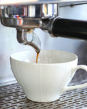 Crose up prepares espresso Royalty Free Stock Images