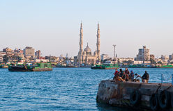 crosing埃及的运河运送Port Said苏伊士 免版税库存照片