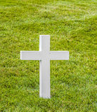 Cross on a grave at Arlington National Cemeterey Royalty Free Stock Photos
