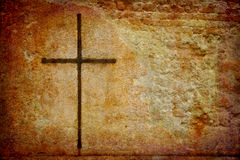 Cross on grunge wall Royalty Free Stock Images