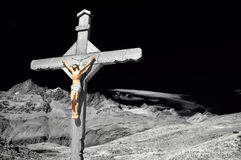Free Cross In The Mountains Royalty Free Stock Image - 20949106